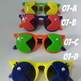 Kid sunglasses Any 4 for Rm15 (Free postage)