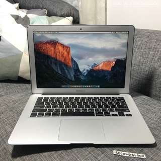 Macbook Air 13 inch Early 2015 Corei5 Second Like new
