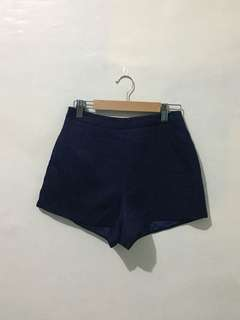 Highwaist Navy Blue shorts