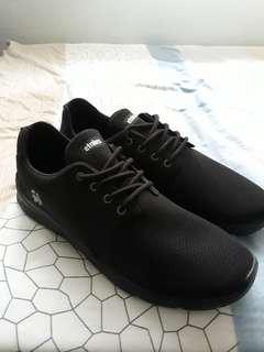 Ethnies Shoe