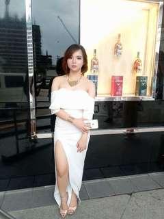 Off-shoulder Long white dress