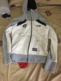 🚚 KFM外套