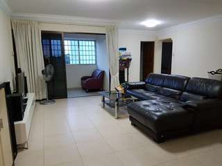 5rm Hdb @Blk117C Rivervale For Rent