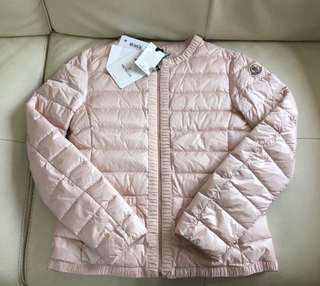 Year 12 only 全新Moncler pink down coat