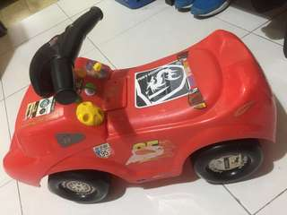 Ride On Car lightening McQueen toys