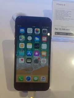 Apple Iphone 8 64gb Dikredit tanpa kartu kredit proses 3 menit