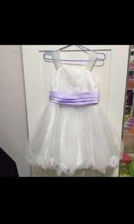 3-4Y歲 女童花女裙 (95% New) 穿了一次 $399買回來的