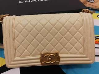 Chanel boy 25cm (Beige colour)