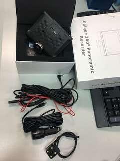 4吋觸屏 360度行車記錄儀