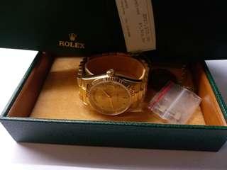 勞力士Rolex 18238 G Day-date 鑽石面行纸