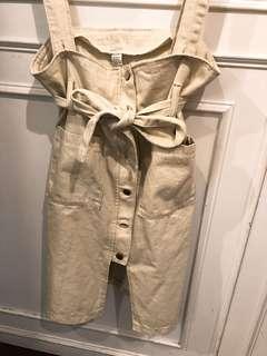 米白吊帶裙