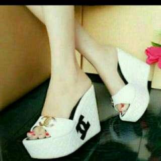 Sandal Wedges Cantik 10061
