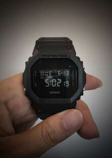 G Shock DW5600 BB Casio