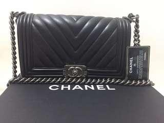 Chanel Boy Medium 25cm