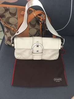 BRAND NEW UNUSED COACH LEATHER SHOULDER BAG FLAWLESS