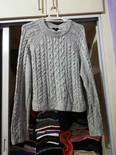 H&M gray knitted sweater