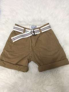 Brown shorts with belt 3T