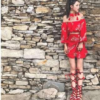 🚚 【黑店】訂製款中國風花卉印花一字領露肩雪紡兩件套裙裝 喜氣洋洋紅色中國風套裝裙裝 婚禮套裝宴會套裝