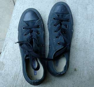 Authentic CONVERSE black sneakers