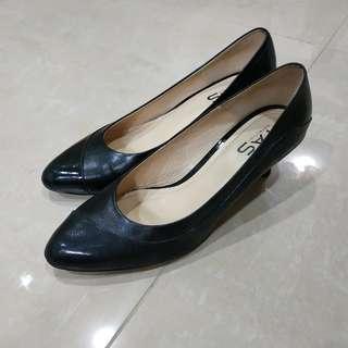 TAS 低跟尖頭鞋/黑鞋