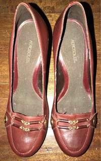 Aerosoles Burgundy Loafer Heels