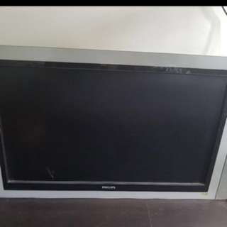 Used 42 inch LCD Tv with Pixel Plus & HD Ready