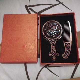 Cermin Sisir khas Turki