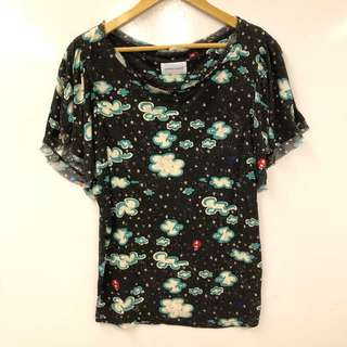 Tc black with white clouds top tee size 2