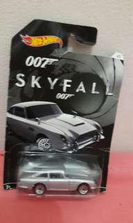HotWheels Sky Fall 007 Aston Martin 1963 DB5