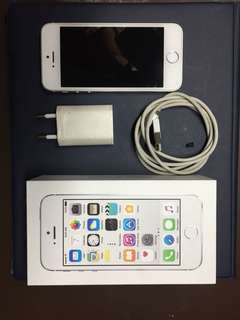 iPhone 5s 16 GB (2016)