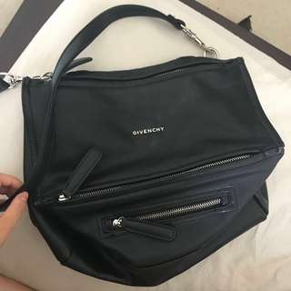 Givenchy pandora bag black medium