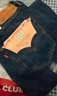 Levis 501 original store jeans pria