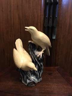 舊黃釉雀鳥擺件