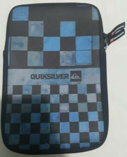 Quiksilver Pouch for Ipad Mini 1 2 3 4 or any 7 inches Tablet