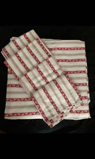 Double bed doona cover + 4 pillowcases