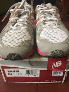 Authentic New Balance REVLite Rubber Shoes Size 8