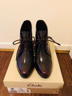 Clark Kadrl Alexa shoes, sz35.5, nice and soft, new, color: Burgundy.