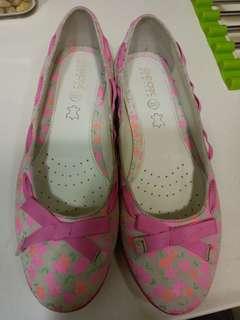 GEOX平底鞋39号