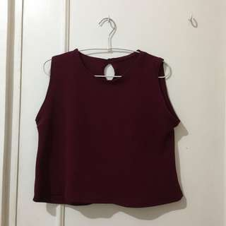 Maroon sleeveless crop top