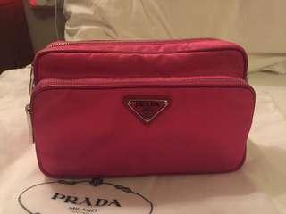 全新Prada斜背 crossbody bag 真品