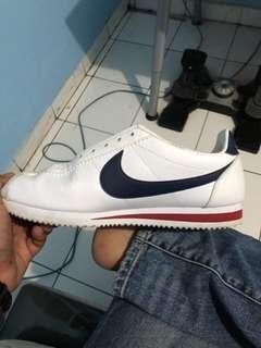 Nike cortes