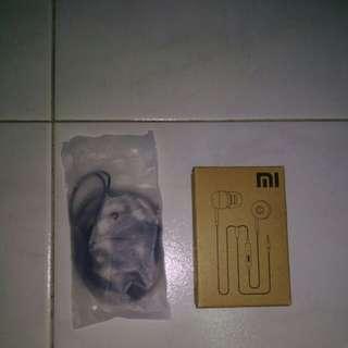Xiaomi earphones