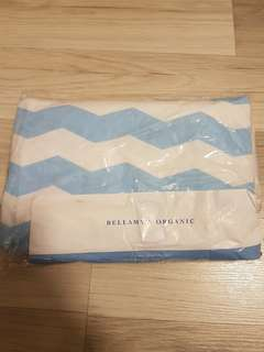 Bellamy's Organic Nursing Cover (brand new)