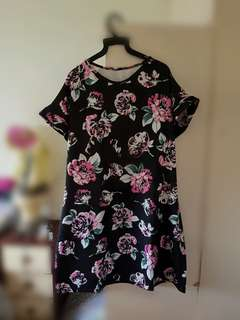 Oversized Black Floral Dress