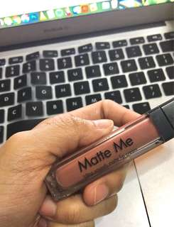 Sleek Makeup Matte Me Liquid Lipstick (Birthday Suit)