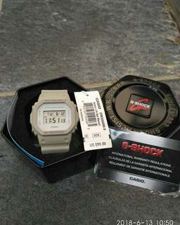CASIO G-SHOCK DW-5600M
