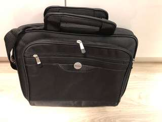 "Dell 15"" notebook bag (15""x12""x4"")"
