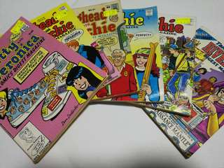 Archie Comics (Free NM)