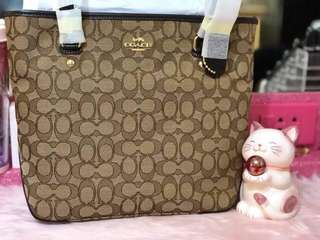 BNWT Authentic Coach Outline Signature Zip Top Tote