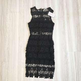 🚚 全新❤️歐美品牌精緻編織雕花鏤空合身洋裝6號